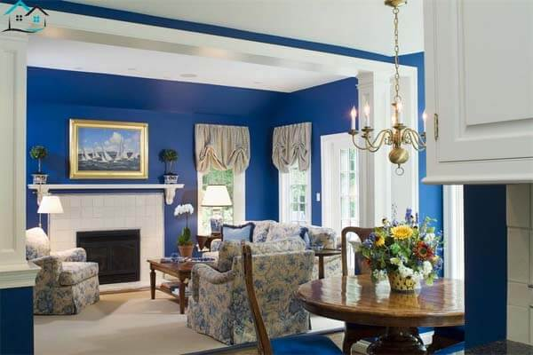 Sơn màu xanh dương đậm cho nội thất ấn tượng hơn